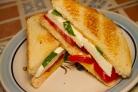 Бутерброды с моцареллой