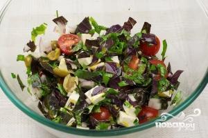 Салат с оливками - фото шаг 8