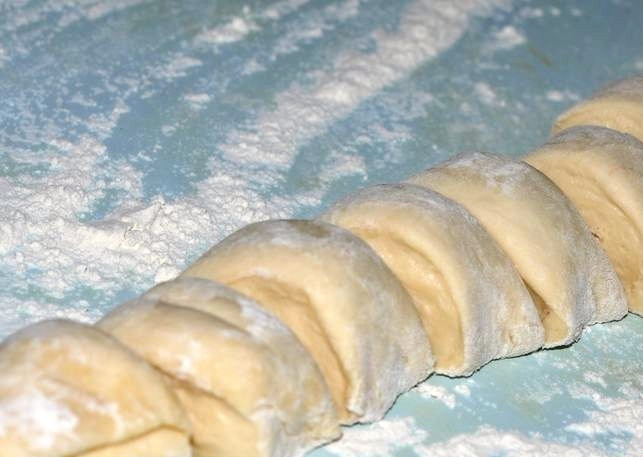 Расстегаи с консервой и рисом - фото шаг 1