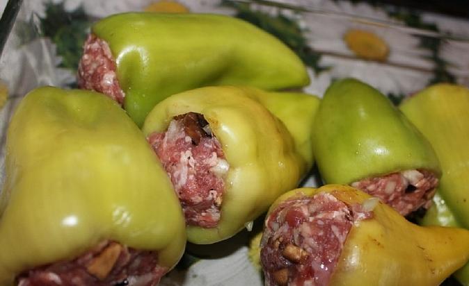 Перец, запеченный с грибами - фото шаг 5