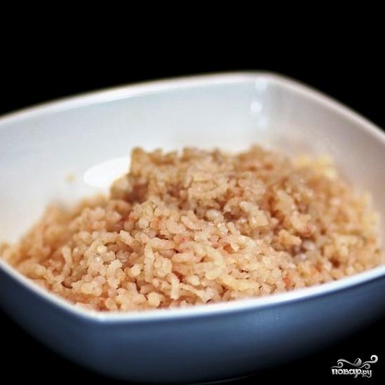 Рыбные котлеты с рисом - фото шаг 3