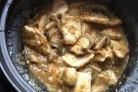 Свинина с грибами в соусе