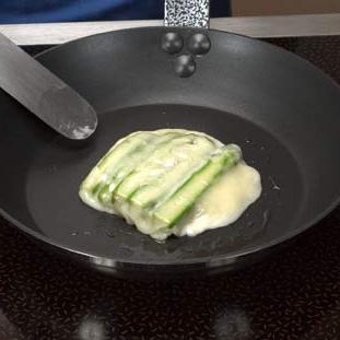 Сыр со спаржей и яйцами перепела - фото шаг 3