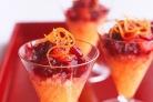 Клюквенно-ванильный коктейль с апельсиновым льдом