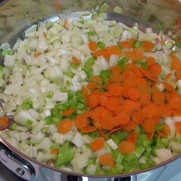 Сырный Тортеллини с мясным соусом - фото шаг 6