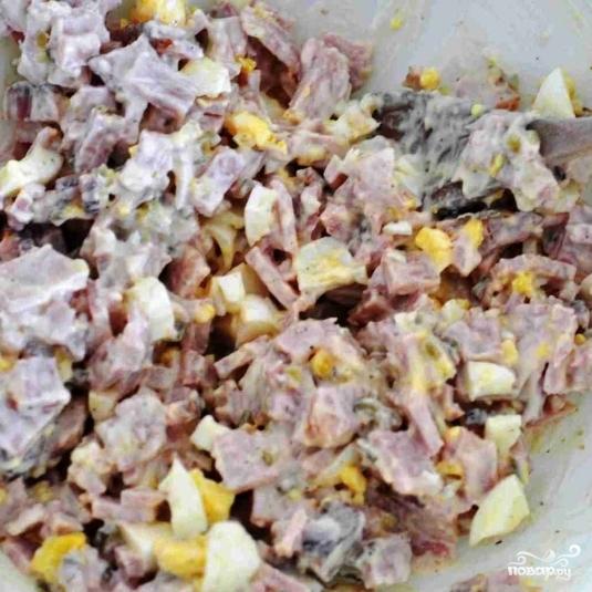 салаты с копченым окорочком рецепты слоеный