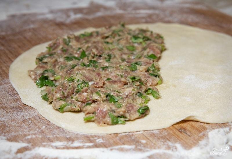 Заварное тесто для чебуреков с водкой - фото шаг 9
