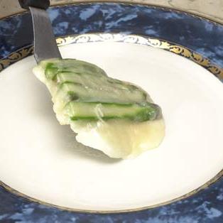 Сыр со спаржей и яйцами перепела - фото шаг 4