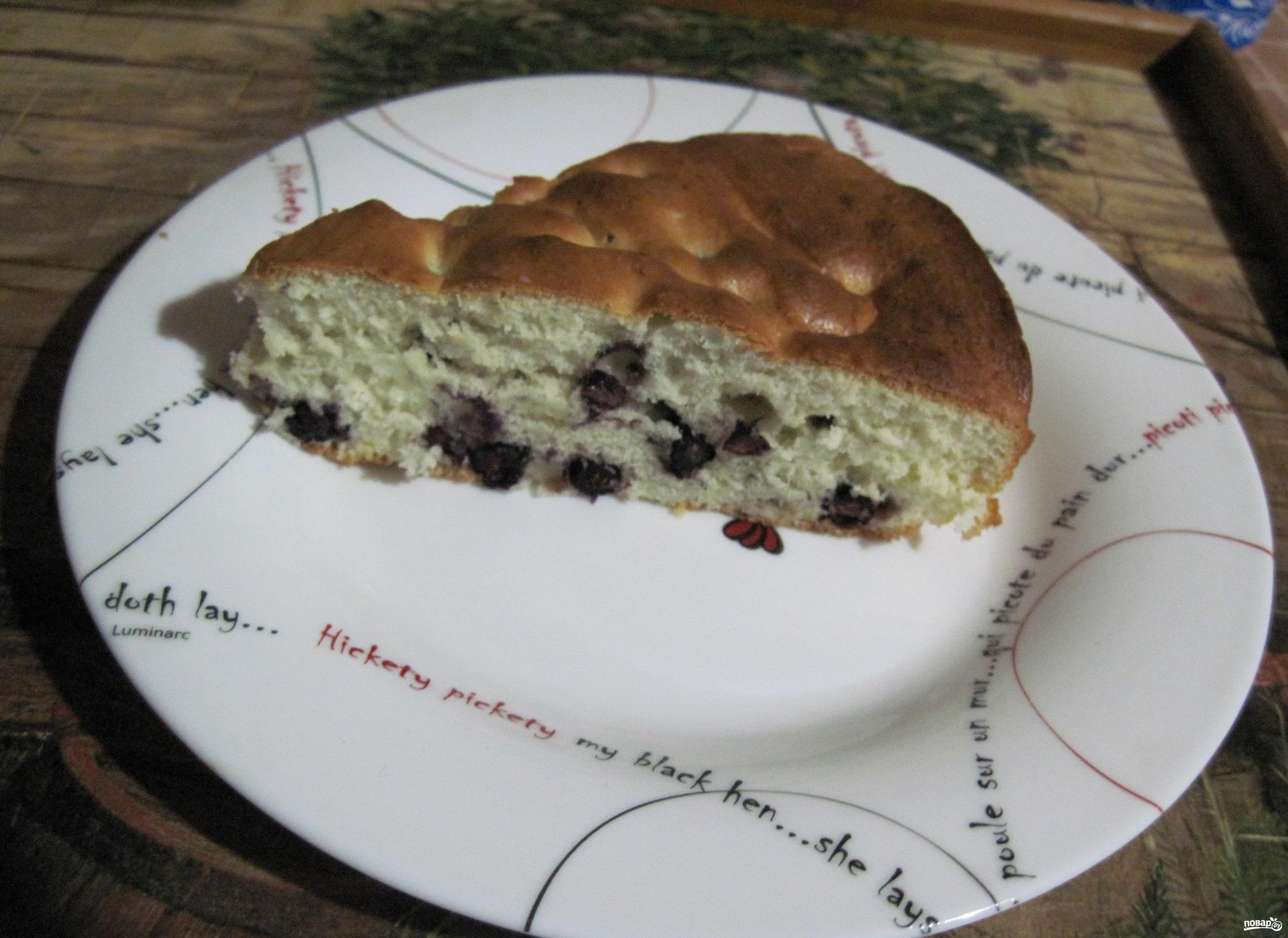 Пирог с замороженной черникой