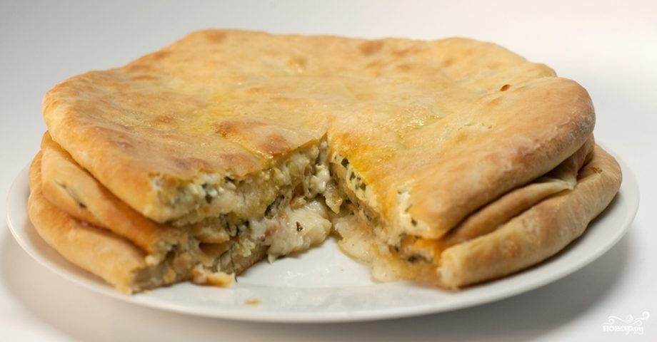 Осетинский пирог с сыром сулугуни