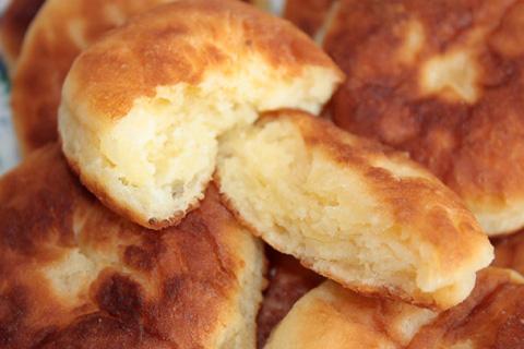 Сырники на сковороде - фото шаг 6