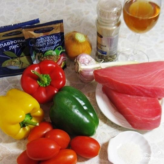 Рецепт Тунец под соусом из болгарских перцев
