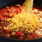 Рецепт Макароны с фаршем, помидорами и сырным соусом