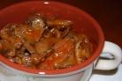 Маринованные опята в томатном соусе
