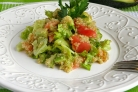 Салат с киноа и авокадо