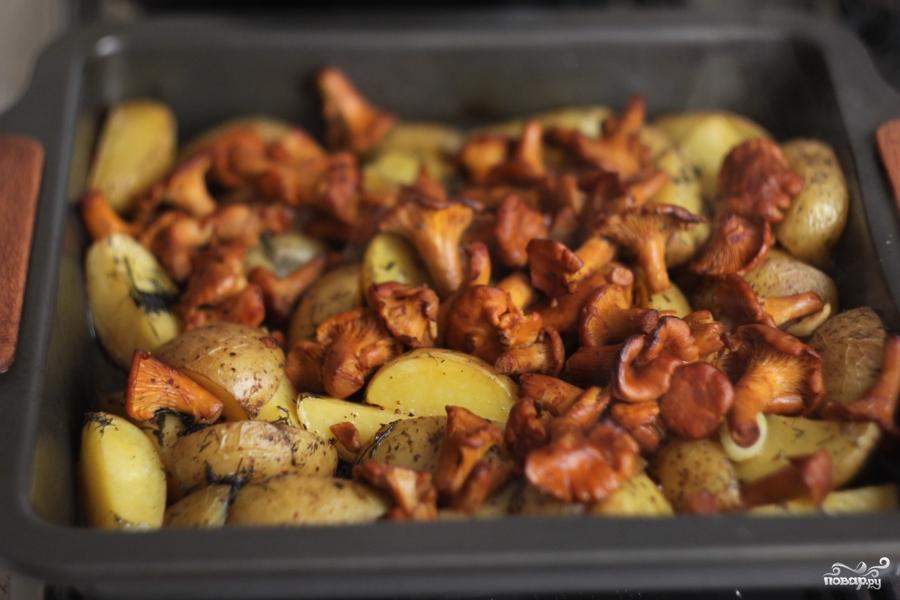 30Картошка с лисичками в духовке рецепт