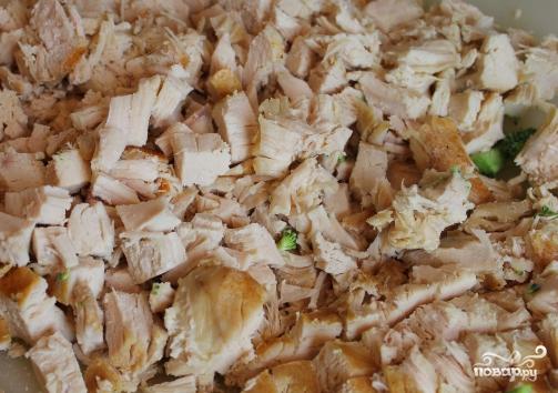 Куриная грудка с брокколи в духовке - фото шаг 1