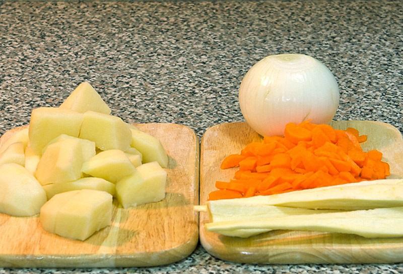 Суп с рыбным филе - фото шаг 2