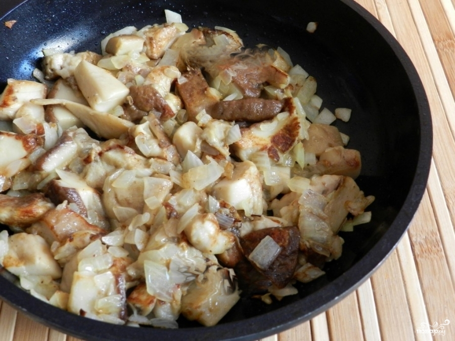 Свинина с белыми грибами - фото шаг 7