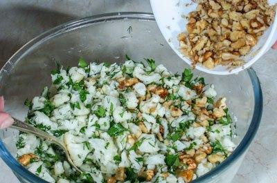 Салат с цветной капустой - фото шаг 4