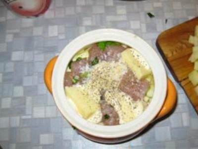 Кабачки с мясом в горшочках  - фото шаг 9
