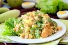 Салат с креветками и шампиньонами