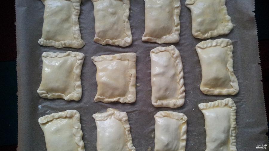 Пирожки с яблоками из слоеного теста  - фото шаг 3