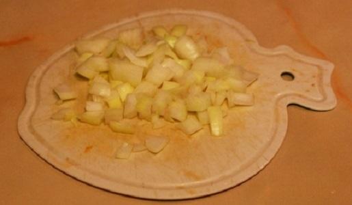 Куриное филе, тушеное в сметане - фото шаг 2