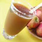 Рецепт Витаминный напиток с яблоком и корицей