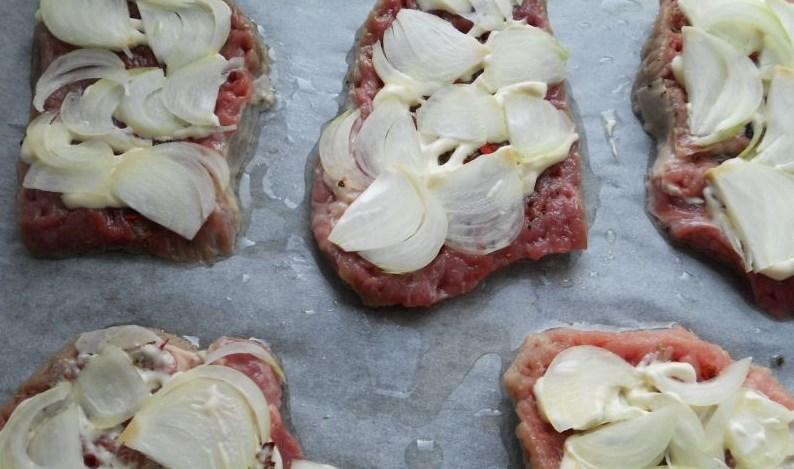 Ромштекс из говядины с сыром - фото шаг 2