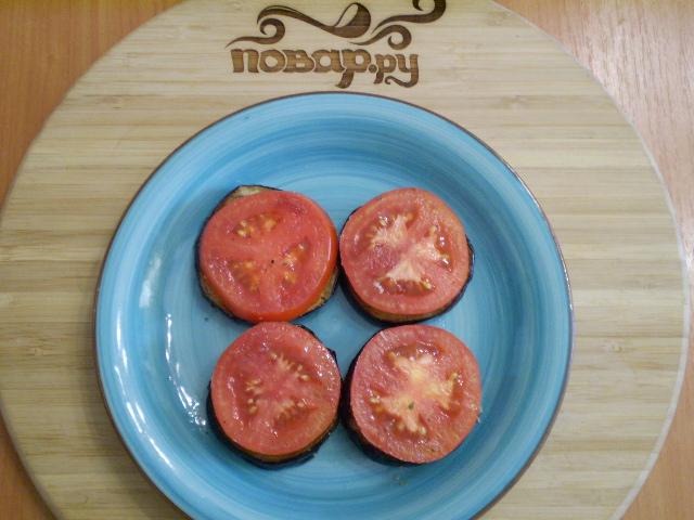 Жареные баклажаны с помидорами и чесноком - фото шаг 8