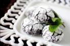 Печенье с мятой и темным шоколадом