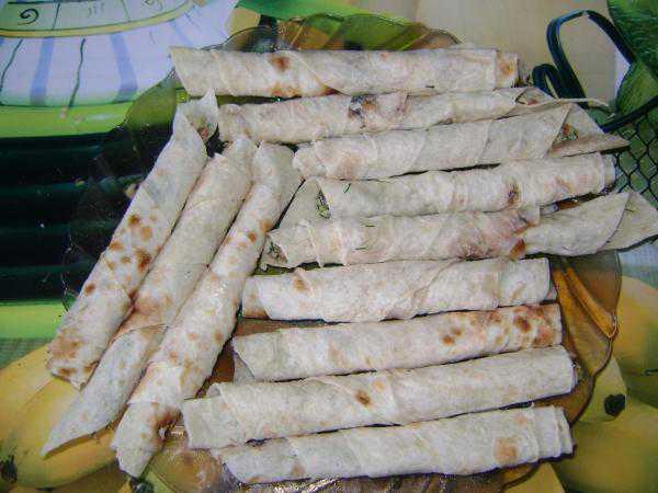 Палочки из лаваша с сыром - фото шаг 6