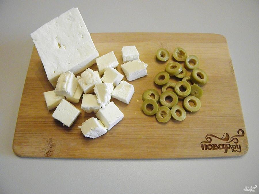 Салат с брынзой - фото шаг 4
