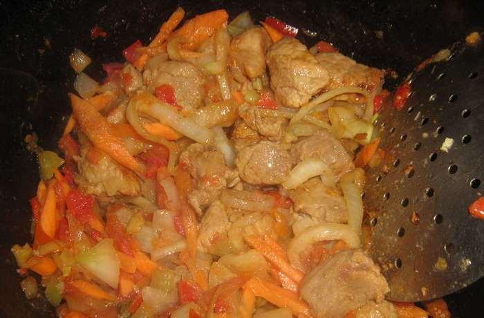 Тушеная телятина с картофелем - фото шаг 2