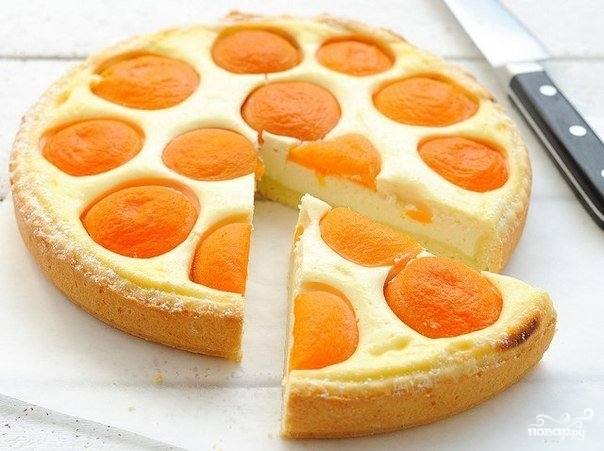 Рецепт Пирог с абрикосами в мультиварке