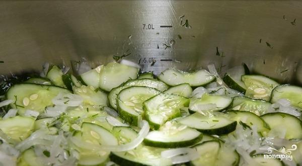 Салат из огурцов на зиму - фото шаг 8