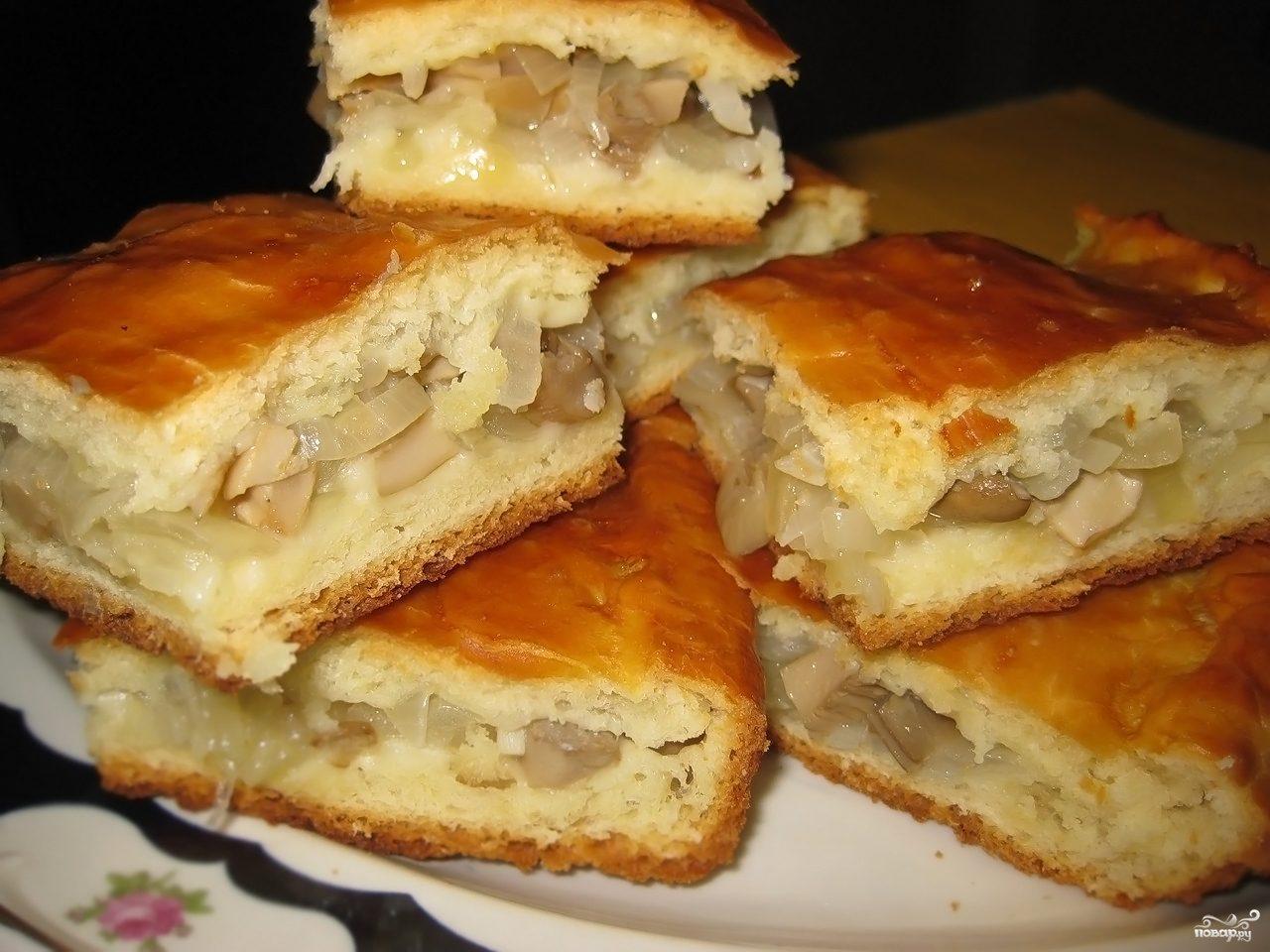 Рецепт Пирог с солеными груздями