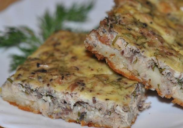 Быстрый пирог с консервированной рыбой - фото шаг 8