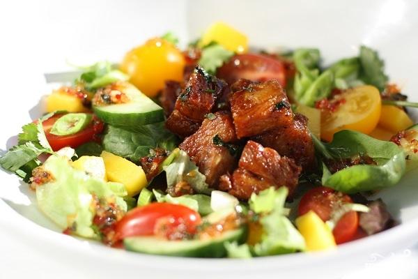 Рецепт Салат из мяса свинины