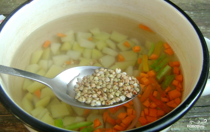 Детский суп с фрикадельками - фото шаг 2