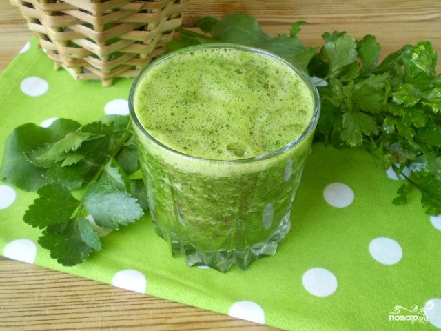 Зеленый коктейль с укропом