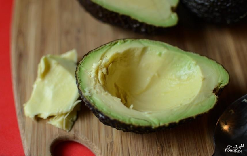 Запеченные фаршированные авокадо - фото шаг 2