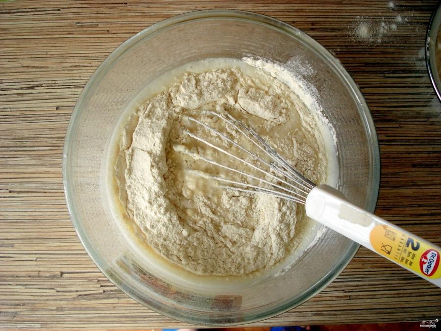 Блины обычные на молоке - фото шаг 4
