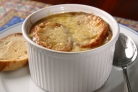 Традиционный французский луковый суп