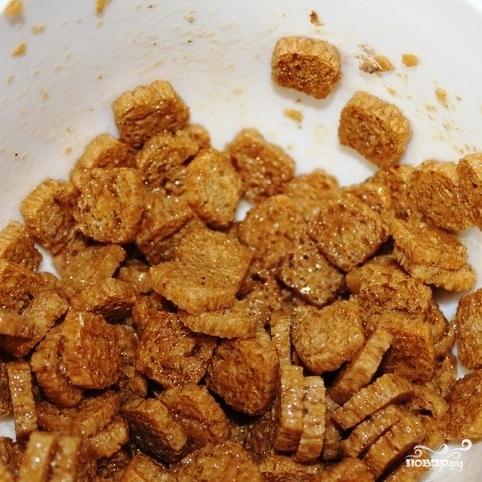 салат кукуруза фасоль сухарики фото
