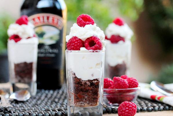 Десерт слоями в стакане - фото шаг 4