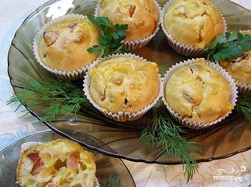 Маффины с сыром и колбасой - фото шаг 6