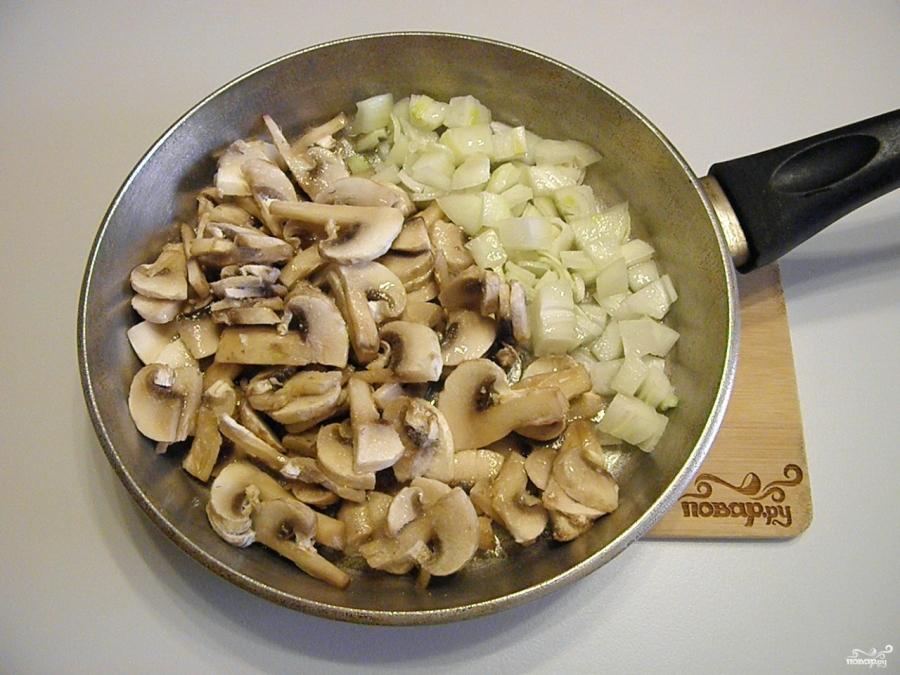 Салат с грибами жареными - фото шаг 3