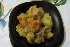 Картофельное рагу со свининой